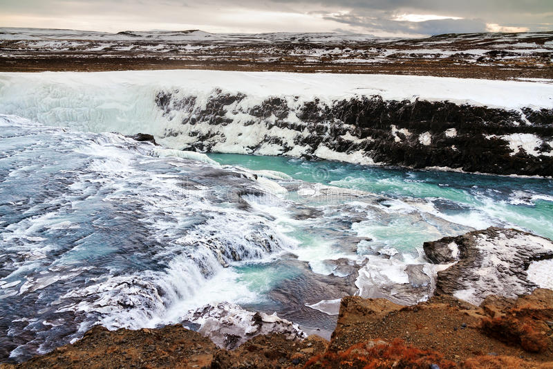Download Cascata di Gullfoss fotografia stock. Immagine di paesaggio - 56887150