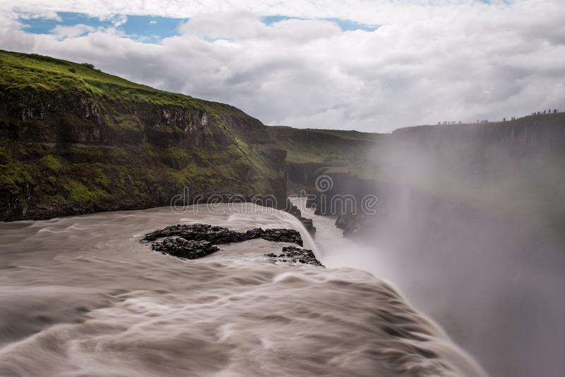 Cascata di Gullfoss la caduta dorata in Islanda fotografia stock