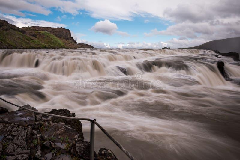 Cascata di Gullfoss la caduta dorata in Islanda fotografie stock