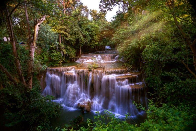 Cascata di Huai Mae Kamin in Kanchanaburi immagini stock libere da diritti