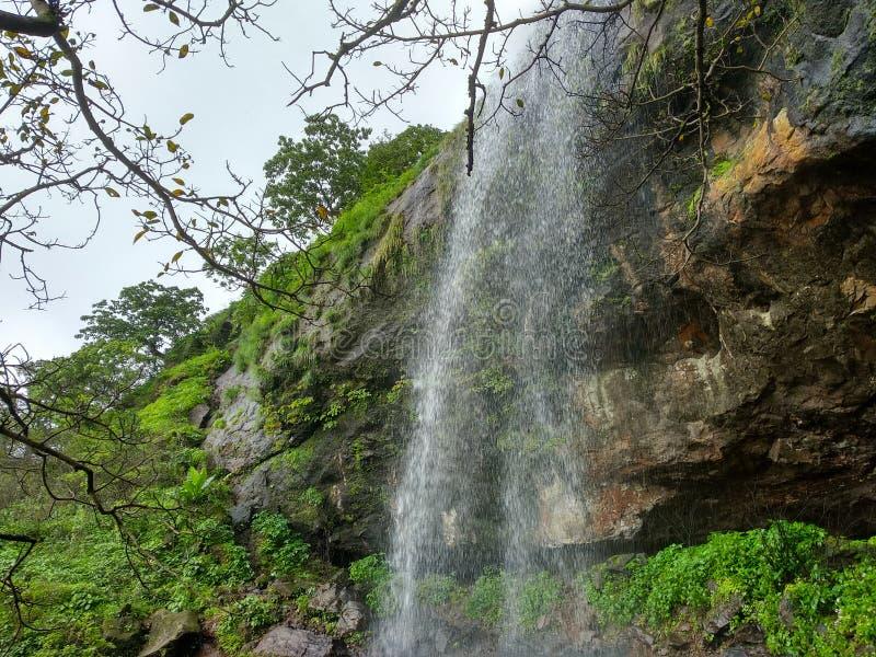 Cascata di Khandi situata in Pune fotografie stock libere da diritti