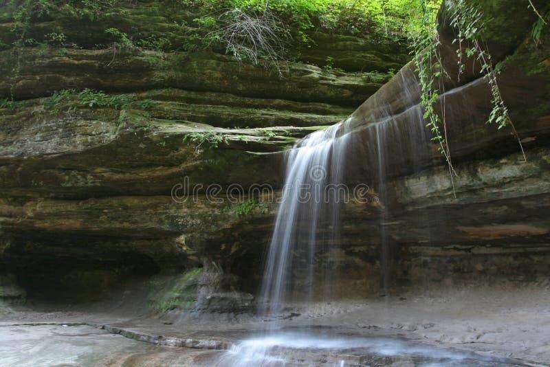 Cascata di Lasalle a roccia affamata, U.S.A. immagini stock libere da diritti