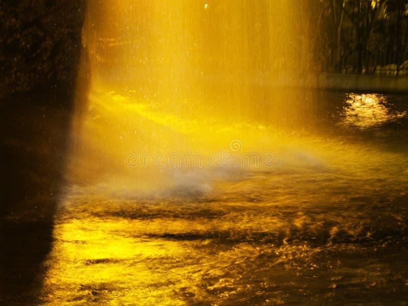 Cascata di notte fotografia stock libera da diritti
