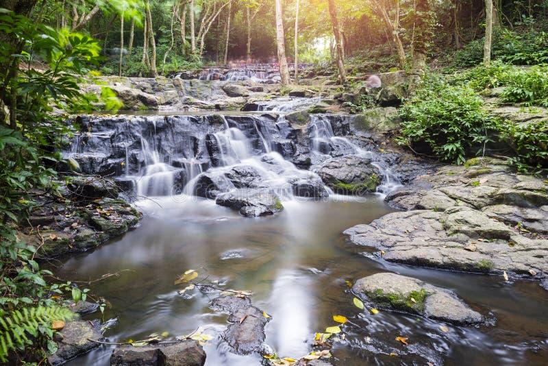 Cascata di Sam Lun, Saraburi, Tailandia fotografia stock libera da diritti