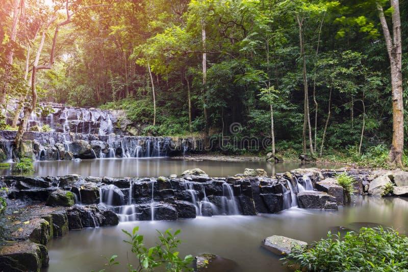 Cascata di Sam Lun, Saraburi, Tailandia fotografia stock