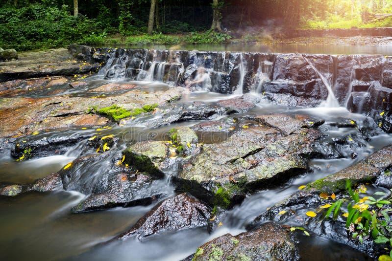 Cascata di Sam Lun, Saraburi, Tailandia immagini stock