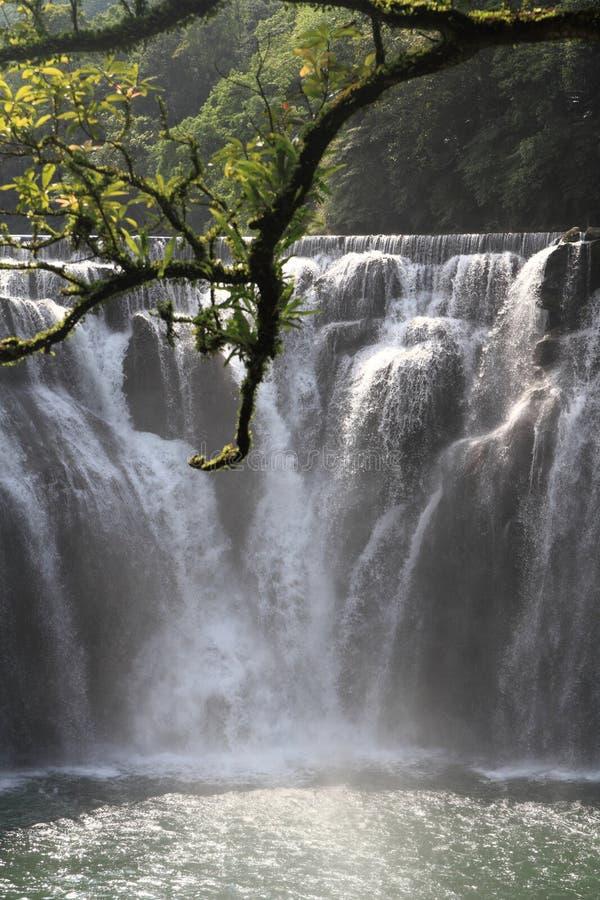 Cascata di Shifen in Shifen, Taiwan immagini stock