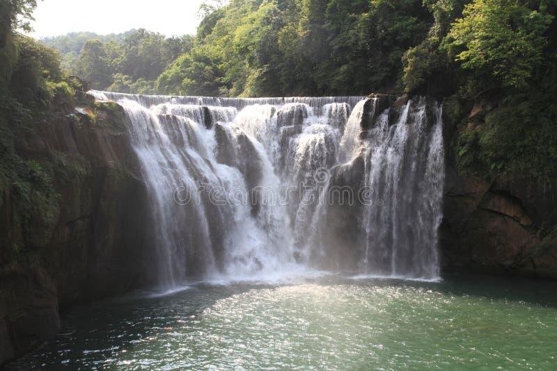 Cascata di Shifen in Shifen, Taiwan fotografia stock