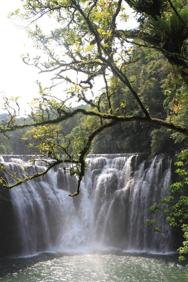 Cascata di Shifen in Shifen, Taiwan immagini stock libere da diritti