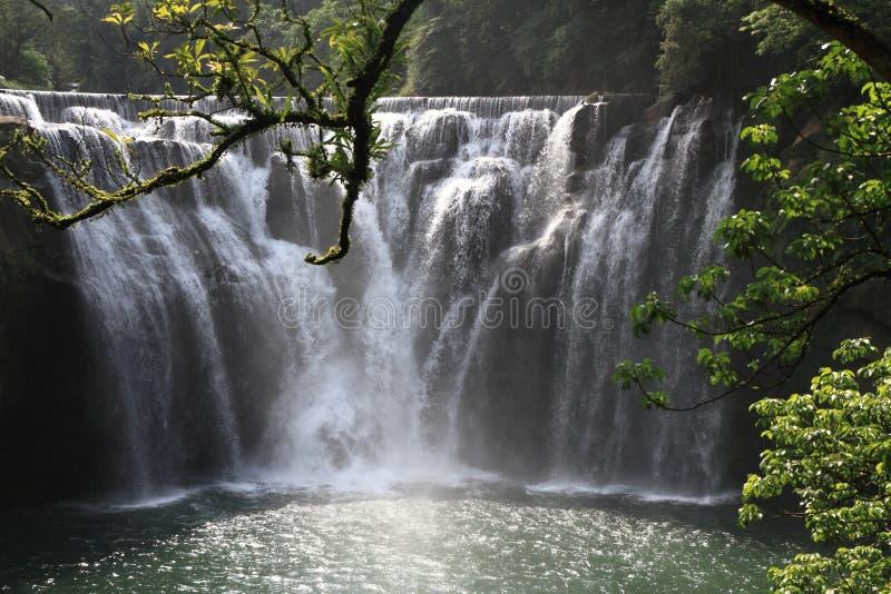 Cascata di Shifen in Shifen, Taiwan fotografie stock libere da diritti
