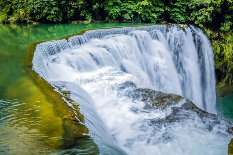 Cascata di Shifen in Taiwan fotografia stock libera da diritti