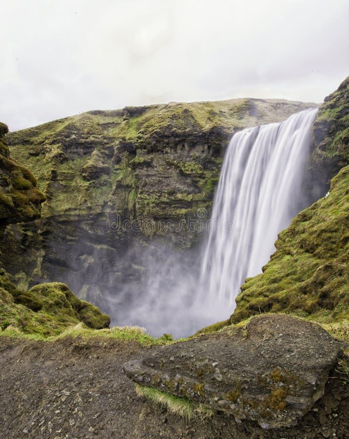 Cascata di Skogafoss in Islanda fotografia stock