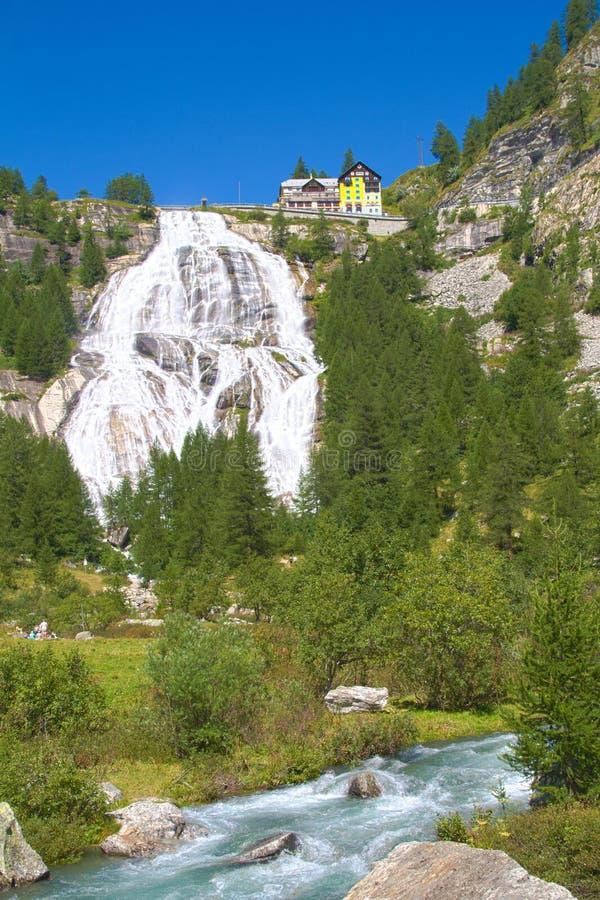 Cascata di Toce, Piemonte Italia fotografia stock