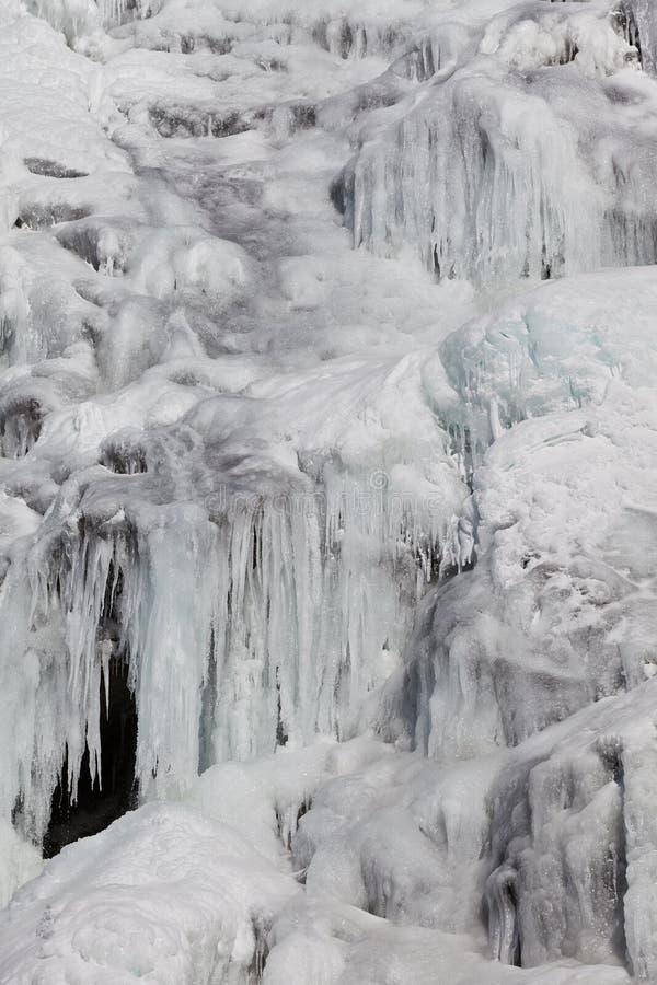 Cascata in inverno immagine stock