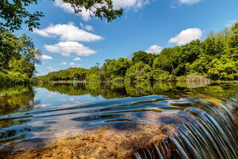 Cascata sul San Gabriel River immagini stock libere da diritti