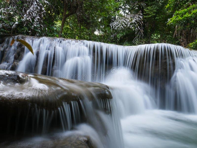 Cascata in Tailandia Natura di vista del paesaggio fotografia stock libera da diritti