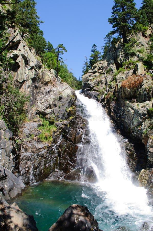 Cascata in valle di Benasque fotografie stock