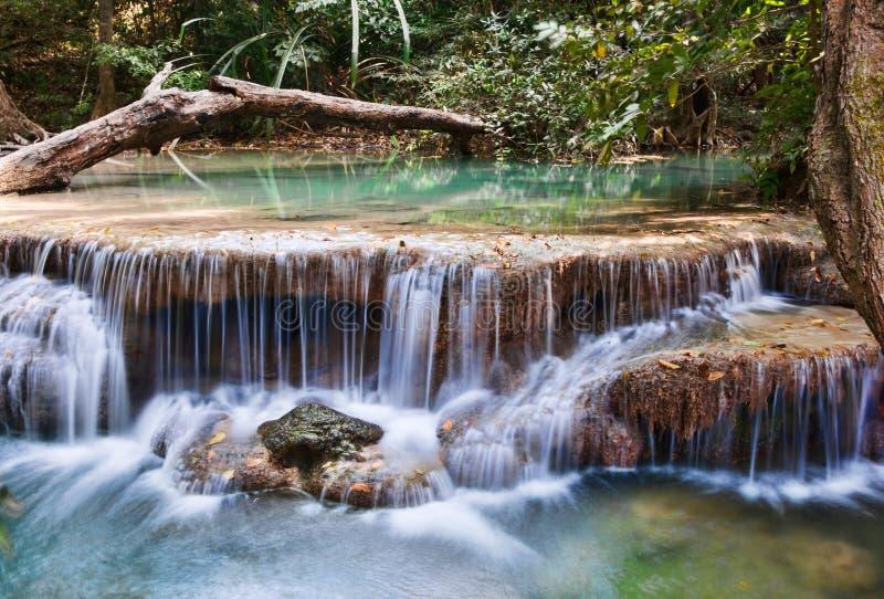 Cascatas bonitas da cachoeira imagens de stock