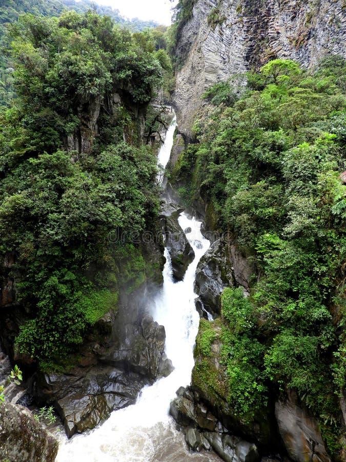 Cascate del diavolo nei pressi dell'Ecuador di Banos fotografia stock libera da diritti