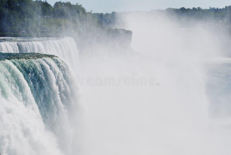 Cascate del Niagara dal lato americano fotografia stock
