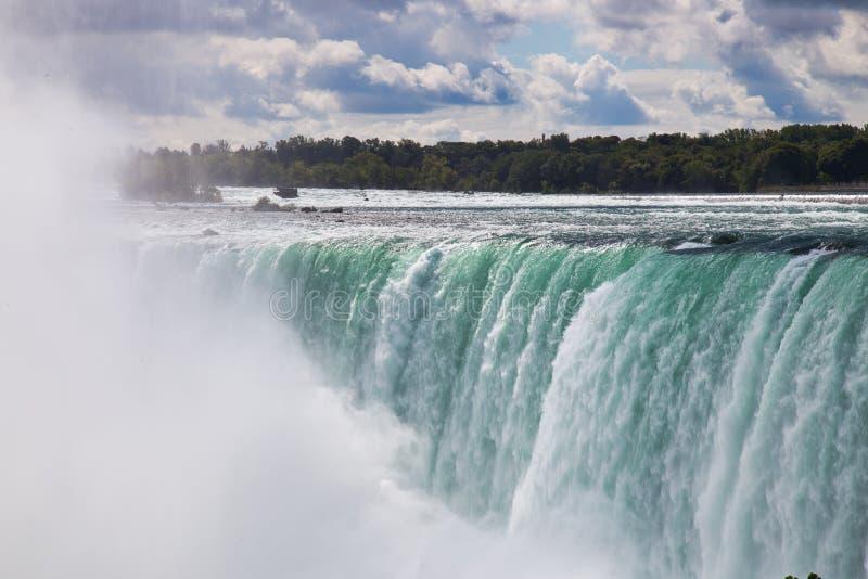 Cascate del Niagara massiccio in Ontario, Canada immagini stock