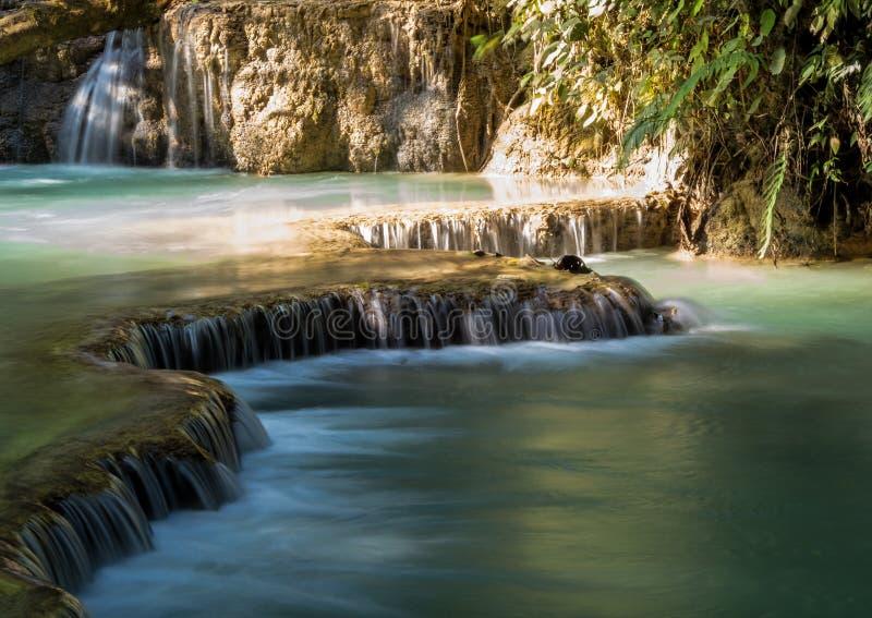 Cascate di Tat Kuang Si vicino a Luang Prabang, Laos fotografia stock libera da diritti
