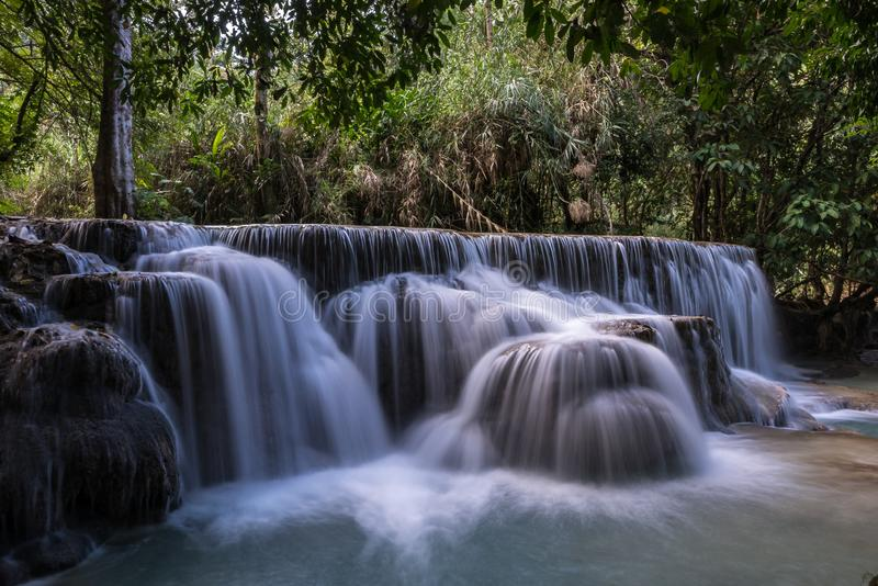 Cascate di Tat Kuang Si vicino a Luang Prabang, Laos fotografie stock libere da diritti