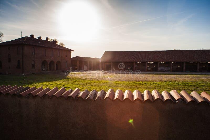 Cascina, italienisches ländliches Gebäude stockfotos