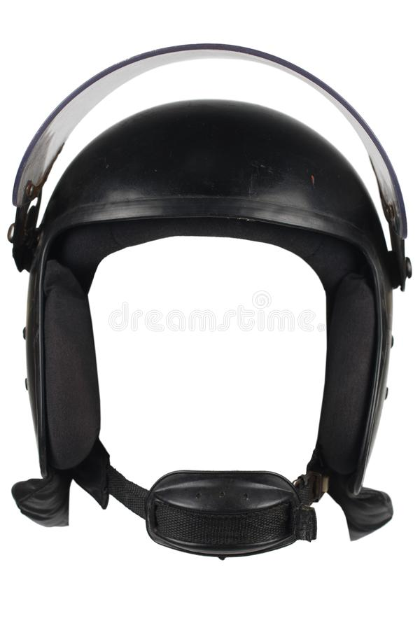 casco de la policía antidisturbios con el vidrio protector aislado en el fondo blanco fotos de archivo