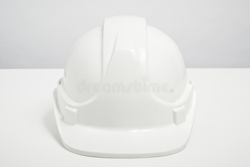 Casco de los constructores aislado en el fondo blanco imagen de archivo libre de regalías