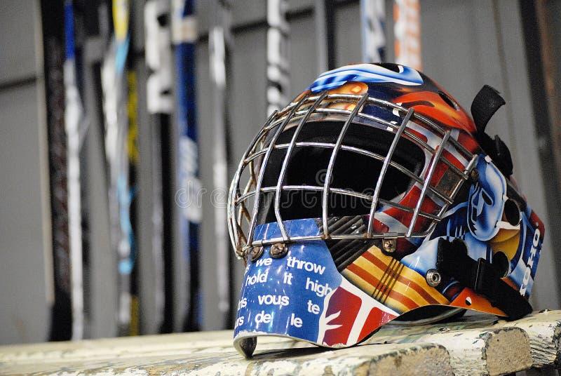 Casco del hockey sobre hielo imagen de archivo libre de regalías