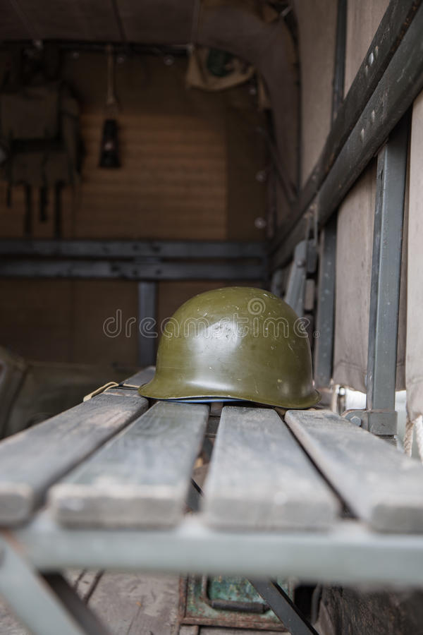 Casco militare fotografia stock libera da diritti