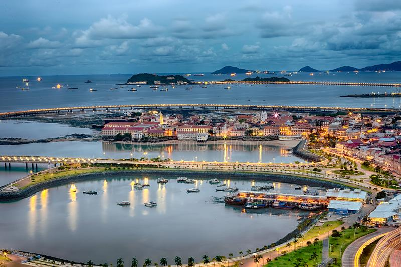 Casco Viejo, Panama bij nacht royalty-vrije stock fotografie