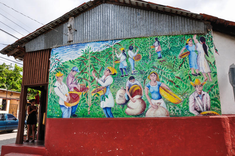 Case colorate di Alegria, El Salvador immagine stock