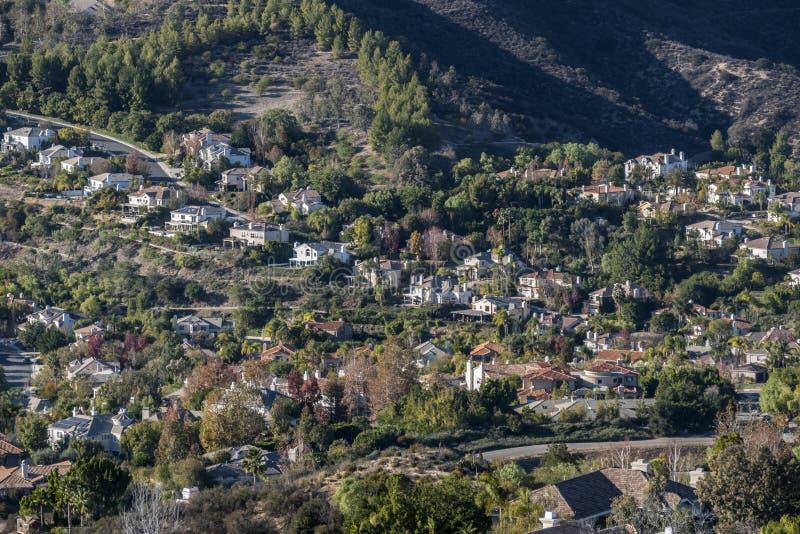 Case dell'alta società di Calabasas California Hillside immagine stock libera da diritti