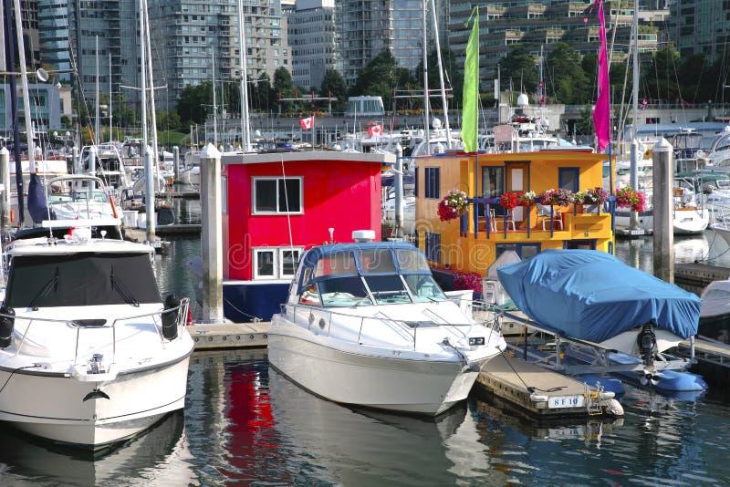 Case di barca a Vancouver del centro BC Canada. fotografie stock libere da diritti