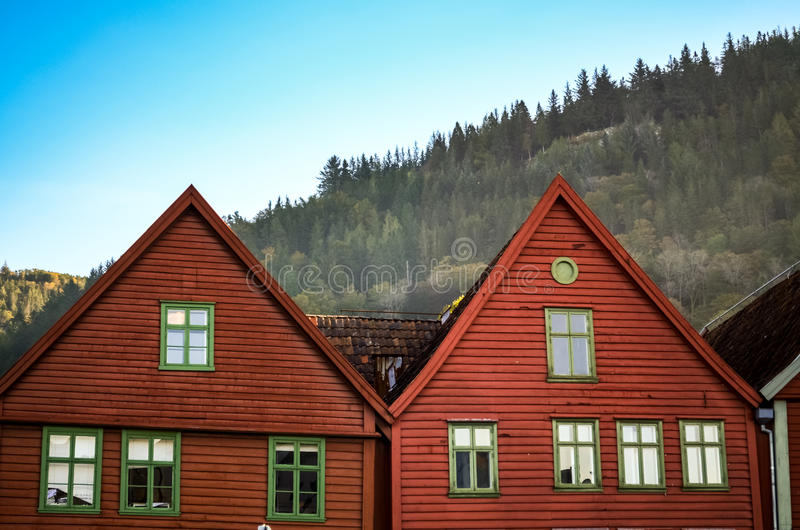 Case di Coloful e facciate del bryggen a Bergen immagine stock libera da diritti