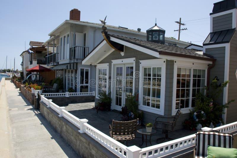 Case di spiaggia americane sull 39 isola della balboa contea for Foto case americane