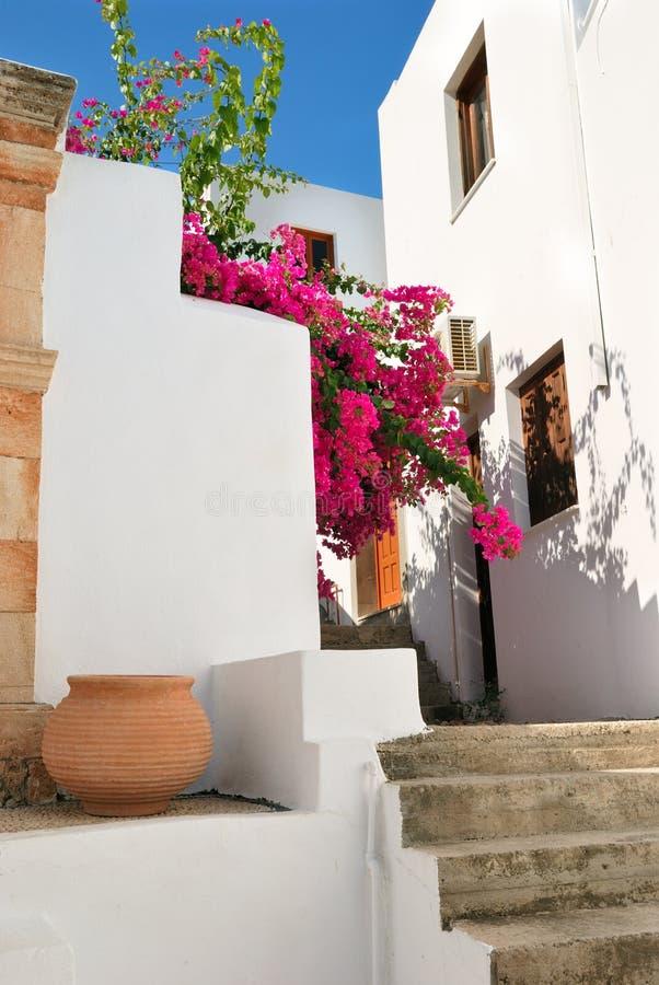 Case greche tradizionali in lindos immagini stock libere for Case tradizionali