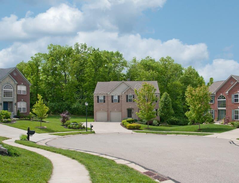 Case suburbane residenziali negli S.U.A. fotografia stock libera da diritti