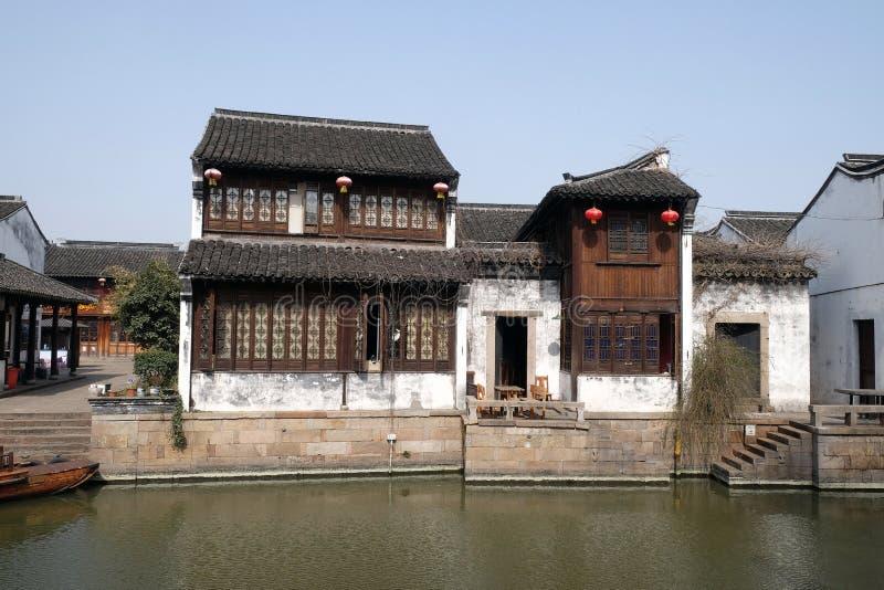 Case tradizionali lungo grand canal citt antica di yuehe for Case tradizionali