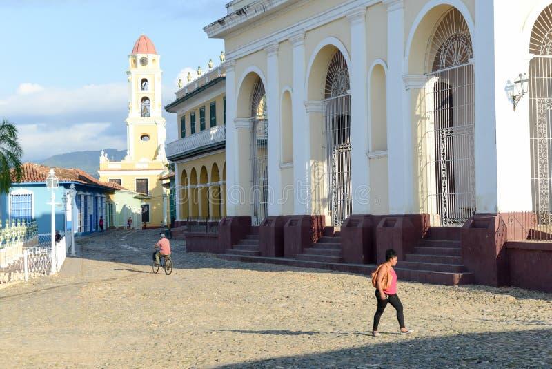 Case tradizionali variopinte nella città coloniale di Trinidad immagini stock libere da diritti