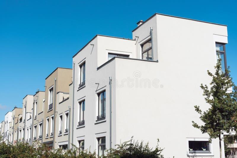 Case urbane di serie moderne a Berlino fotografia stock
