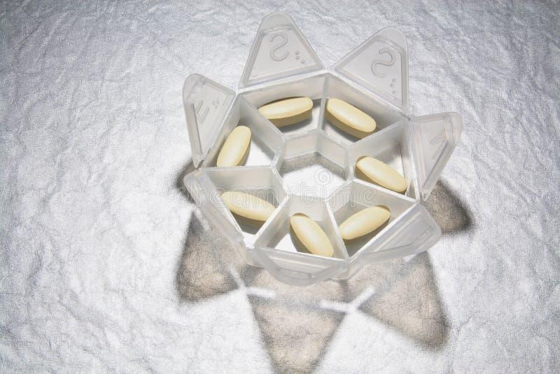 Casella della pillola immagine stock libera da diritti