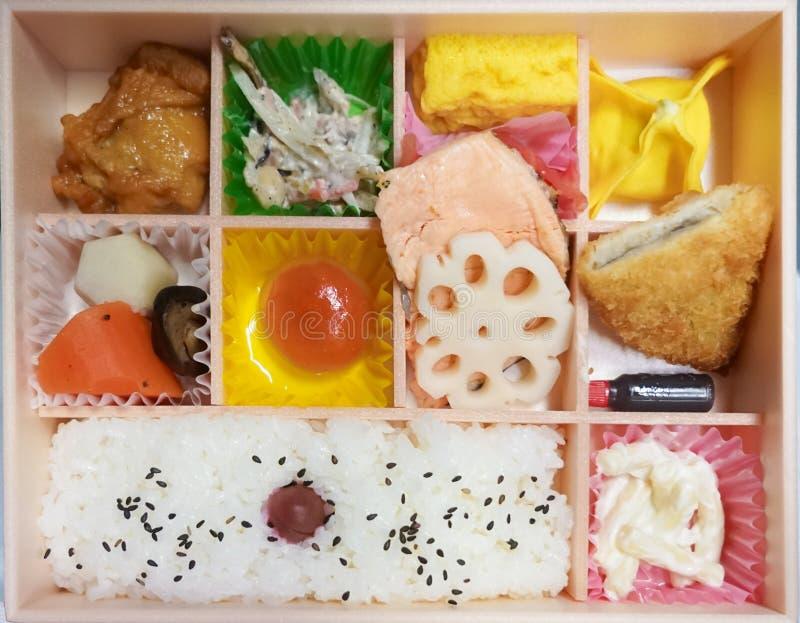 Casella di Bento Il bento è divi asportabile tradizionale giapponese della scatola di pranzo fotografia stock libera da diritti