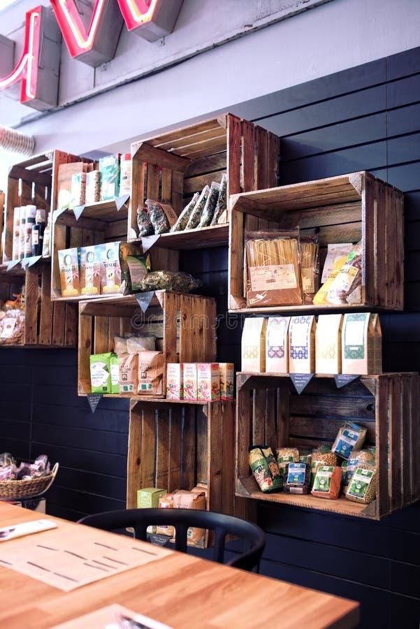 Caselle di legno - mercato ecologico fotografie stock libere da diritti