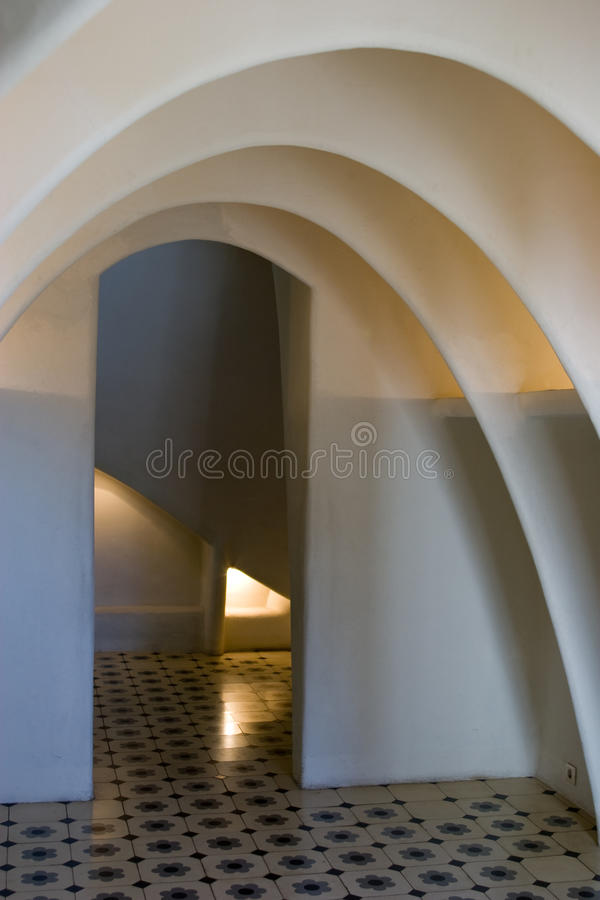 Casen Batllo - Dachboden-Bögen stockfoto