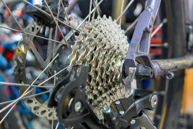 Casete de la parte posterior de la bici de montaña fotos de archivo libres de regalías