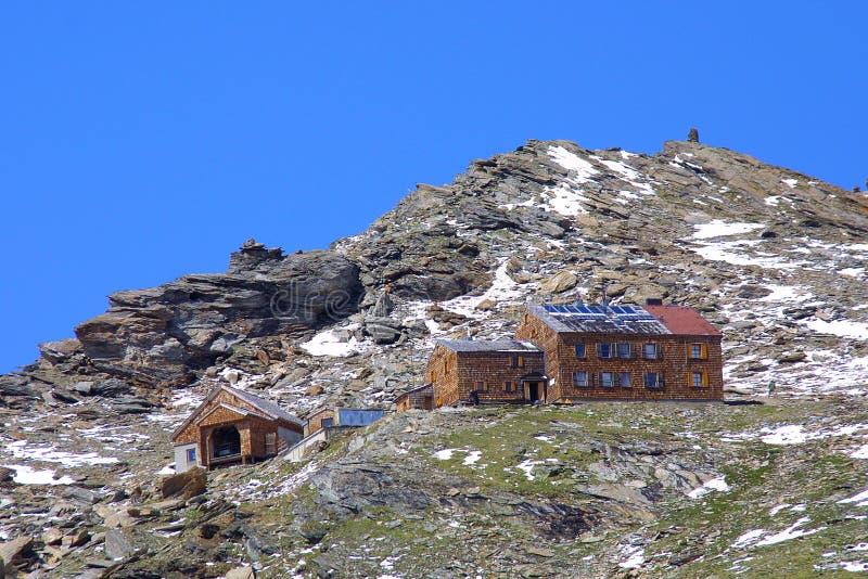 Casetta delle montagne fotografie stock libere da diritti