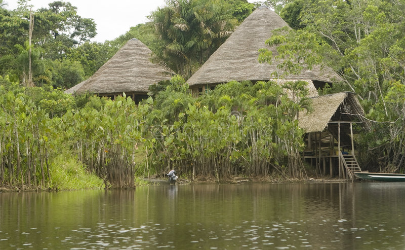 Casetta nel Ecuadorian Amazon fotografia stock libera da diritti